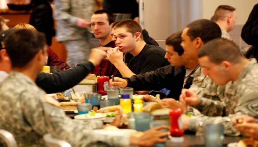 Δίαιτα του στρατιώτη: Χάνετε 4,5 κιλά σε μία εβδομάδα. Πρόγραμμα ανά ήμερα