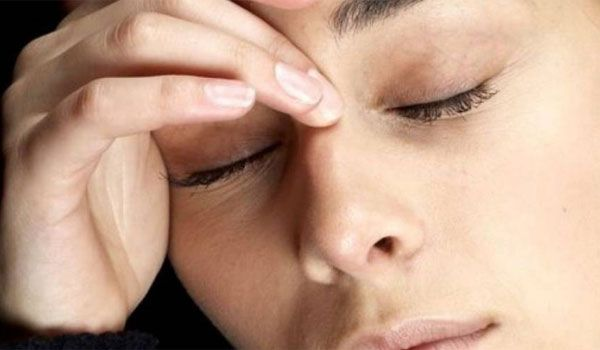 Η σκόνη και η άνοιξη προκαλούν αλλεργική επιπεφυκίτιδα