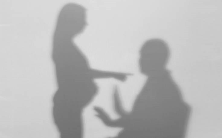 Μία στις 16 έγκυες πέφτουν θύμα ενδοοικογενειακής βίας στην Ελλάδα