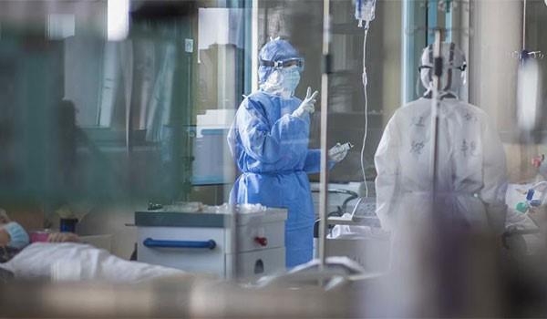 Κορονοϊός: Μετά τους γάμους, εστίες υπερμετάδοσης και τα νοσοκομεία – Κρίσιμο το Σαββατοκύριακο
